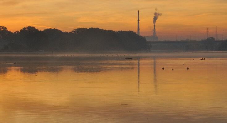 Krajobraz (przyroda i dym kominów)
